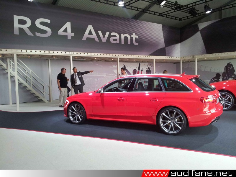 RS4, Misano Red