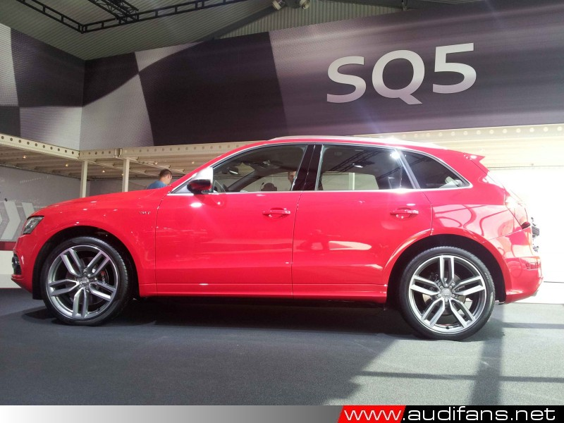 SQ5, Misano Red